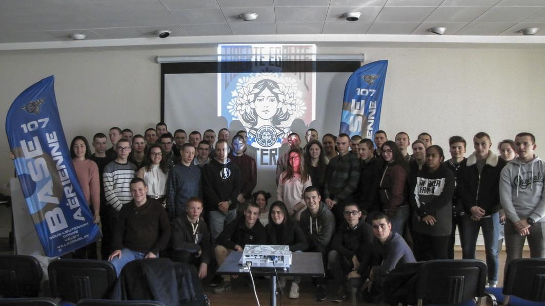 La vie à l'Ecole: Arpète citoyen à Paris 17