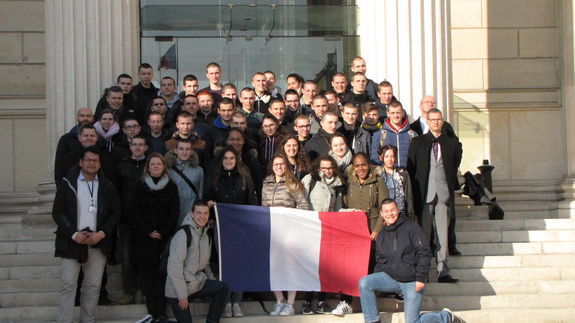 La vie à l'Ecole: Arpète citoyen à Paris 31