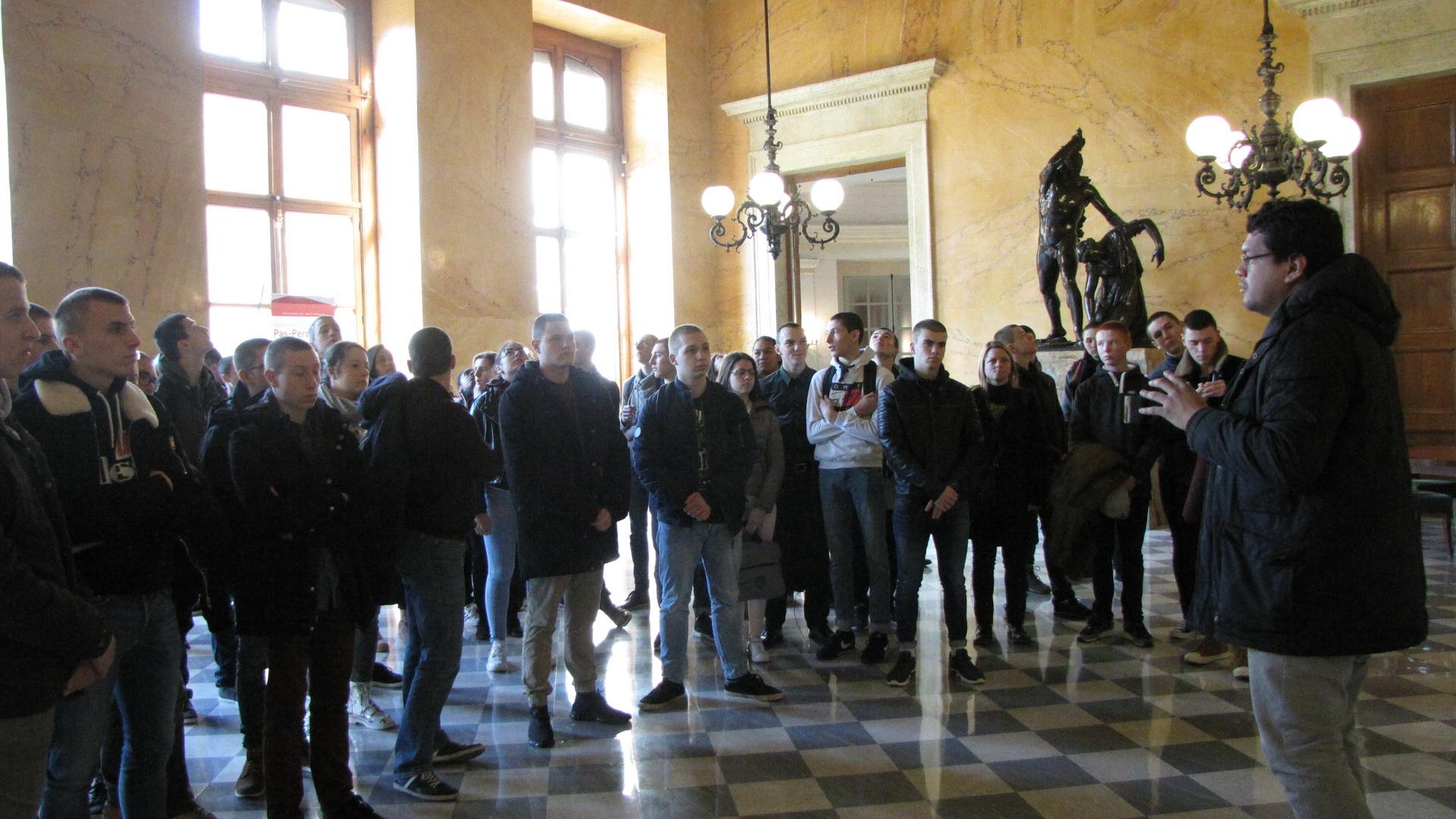 La vie à l'Ecole: Arpète citoyen à Paris 7