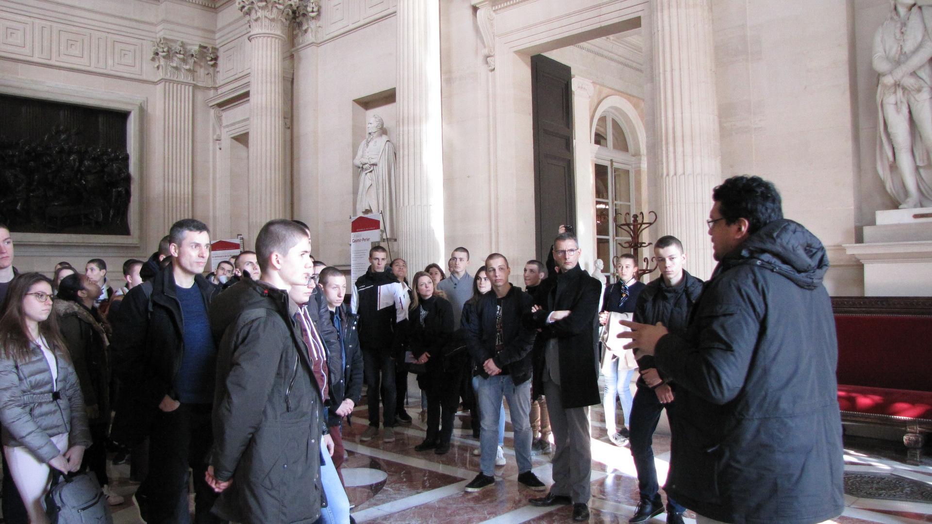 La vie à l'Ecole: Arpète citoyen à Paris 22