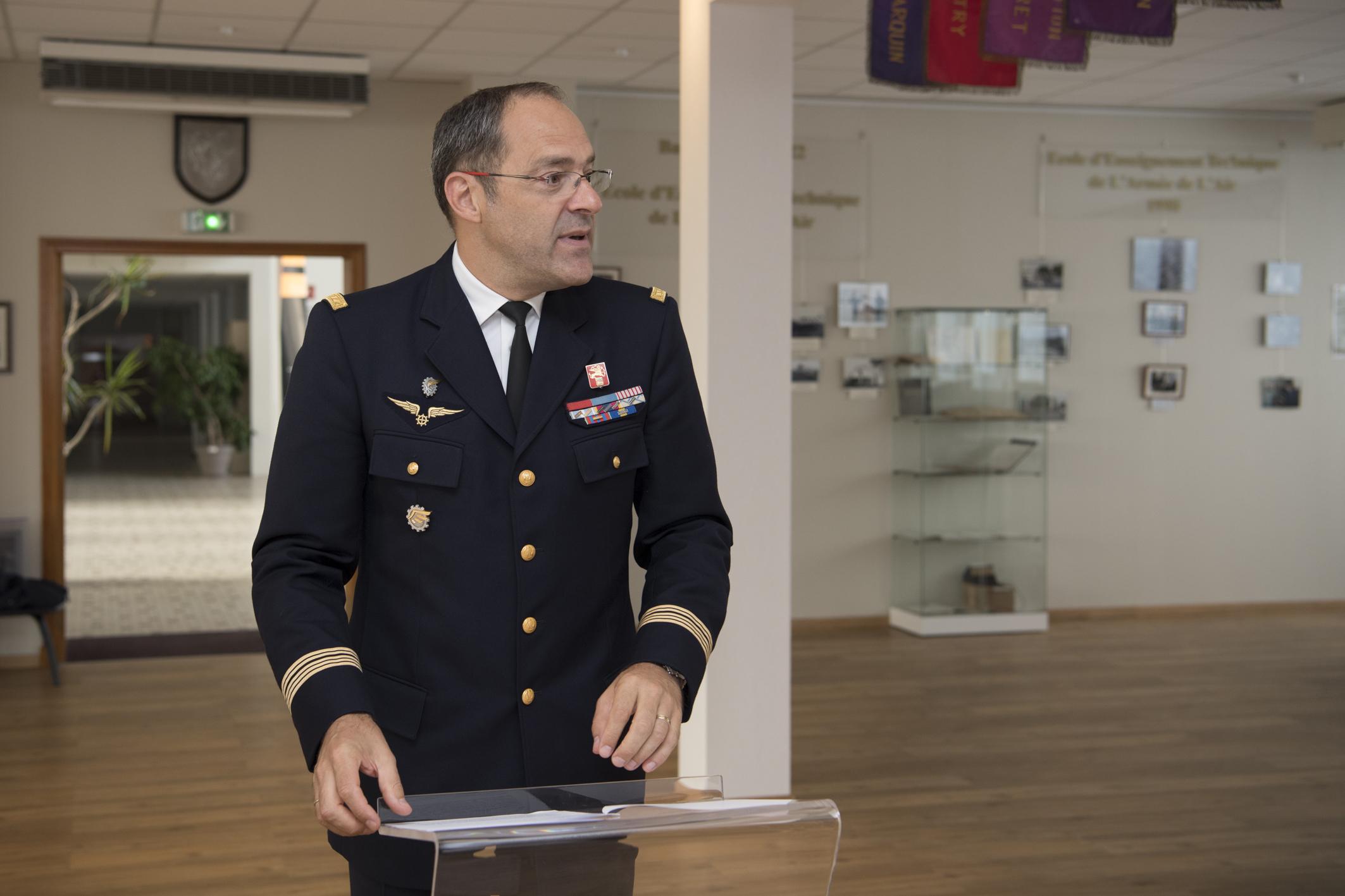 Inauguration de la nouvelle salle tradition de l'école baptisée « Les Écuyers du Ciel », Colonel Michel Ribot 1