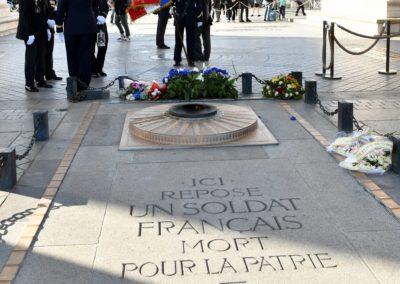 PRISE DE LA FLAMME SACRÉE SOUS L'ARC DE TRIOMPHE 7