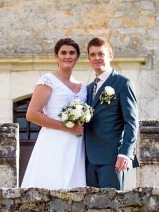 Mariage d'Anaïs et de Pascal C (P144) 1