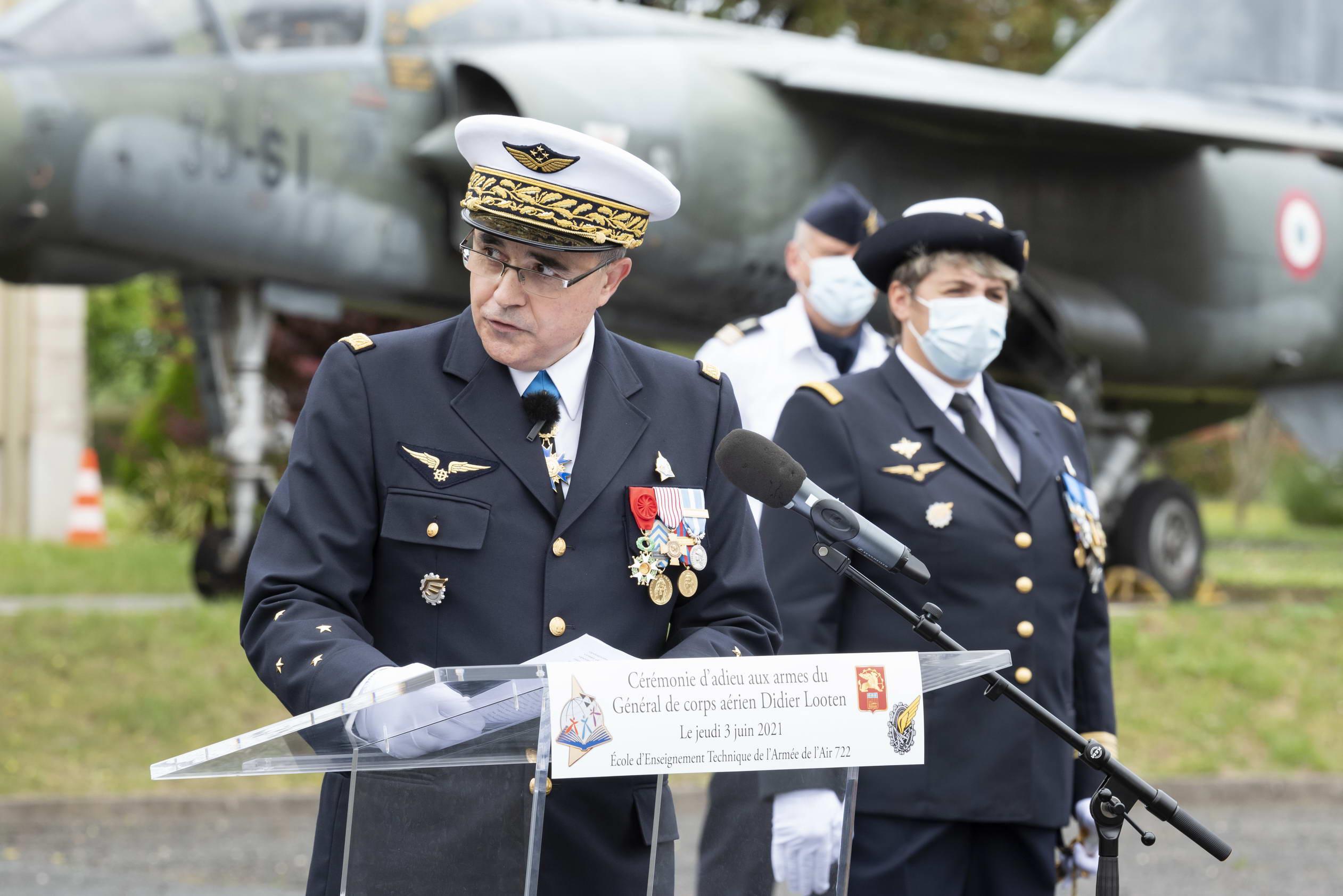 L'ADIEU AUX ARMES DU GENERAL DE CORPS AERIEN DIDIER LOOTEN (P87) 4